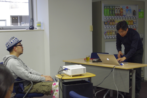 2日間とも、講師の前の席で真剣に勉強していた、『サストコ』編集長の青木さん